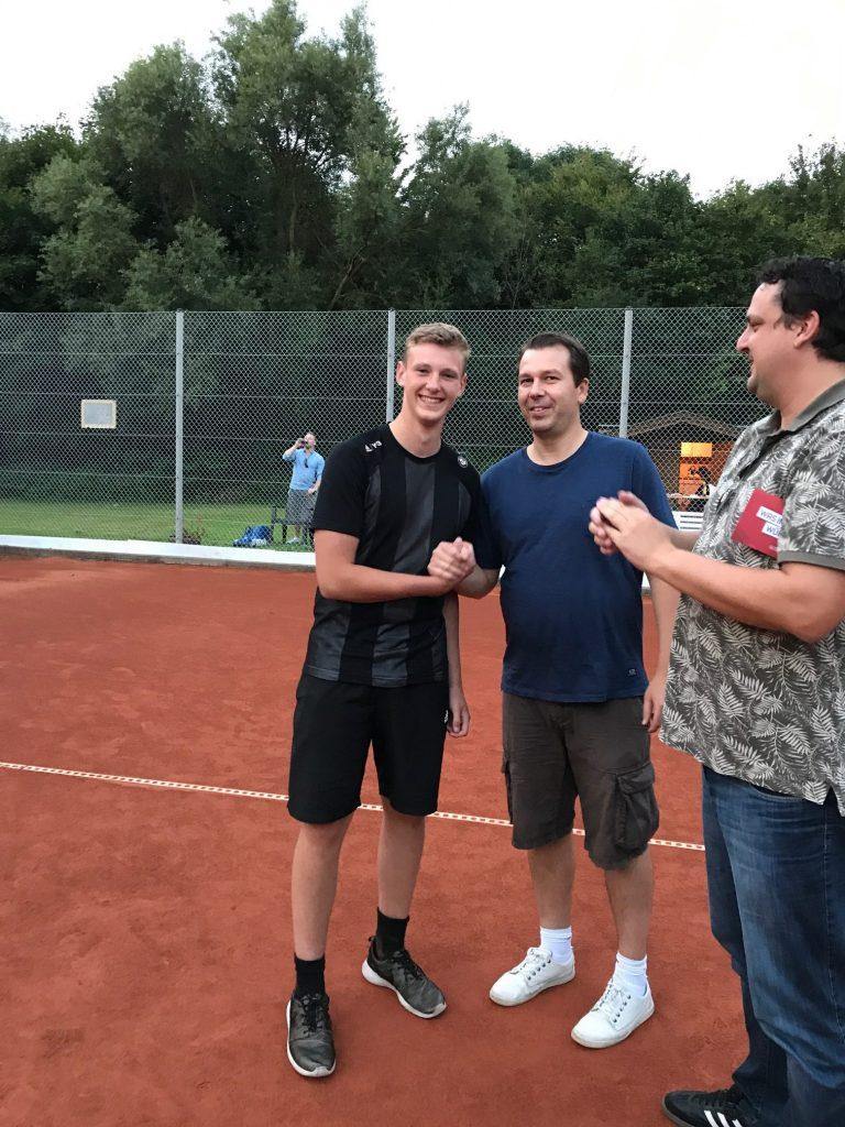 Gratulation an Philipp Lich - Clubmeister 2017 im Herren Einzel